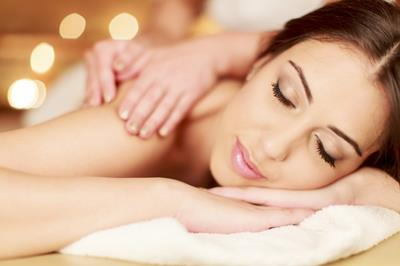 Holistic Massage Courses at Bronwyn Conroy Beauty School, Ireland