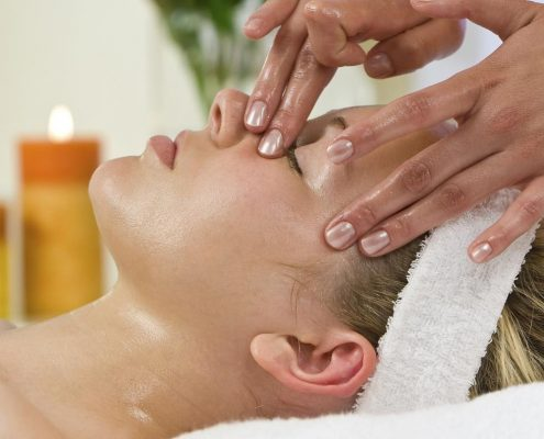 Full-Time Beauty Therapy at Bronwyn Conroy Beauty School