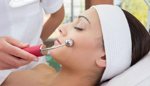 Diploma in Facial Electrical Treatments Course at Bronwyn Conroy Beauty School, Ireland